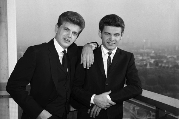 The Everly Brothers Were An American Country Influenced Rock And Roll Duo Known For Steel String Acoustic Guitar And Close Harmony Singing